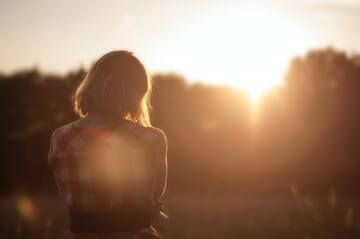 5 Easy Tips to Build a Mindful Morning Routine - Cover